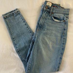 Alice + Olivia Skinny Jeans, size 27